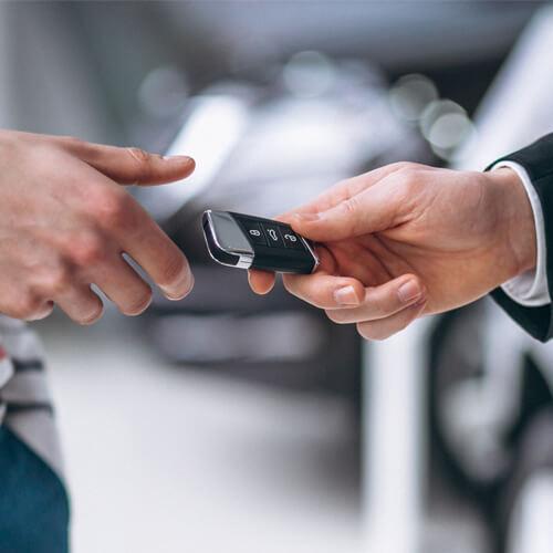 Дополнительная выгода при сдаче Вашего авто в зачет!